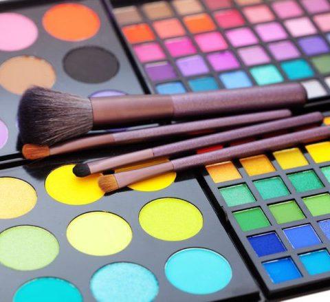 Päivittäinen meikkini. Miten teen sen ja mitä tuotteita käytän?